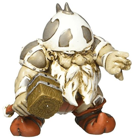 funny lawn gnomes combat garden gnomes 2